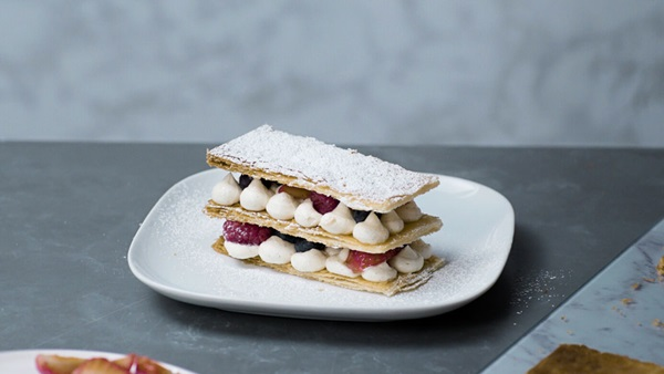 recipe image ELMLEA BERRY MILLE-FEUILLE