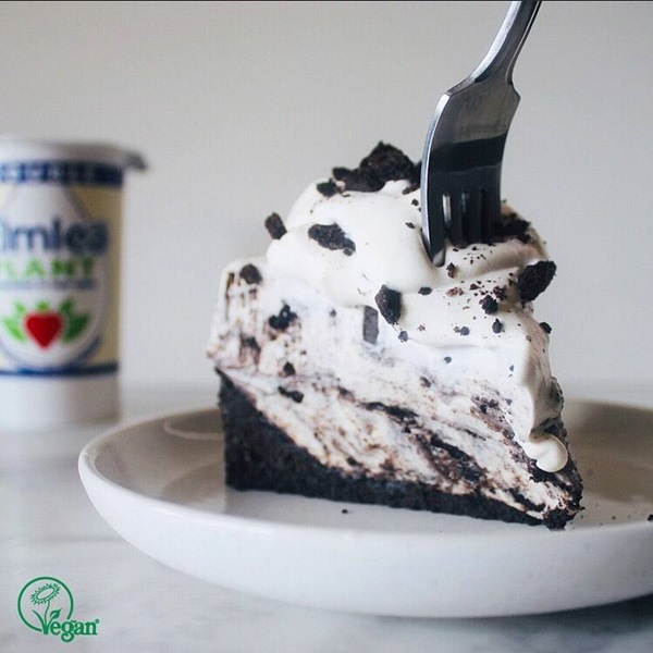 recipe image Vegan Double Whipped Oreo Cheesecake