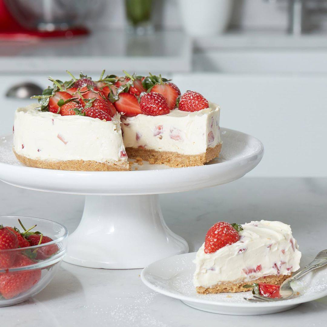 recipe image JUDY MURRAY'S VEGAN NO BAKE STRAWBERRY CHEESECAKE